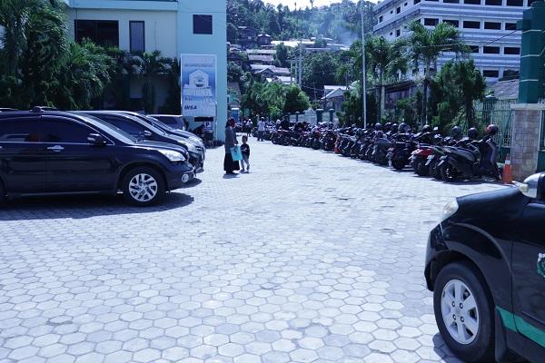 parkir 5